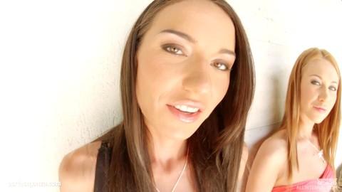 Lindsey Olsen Nataly Gold