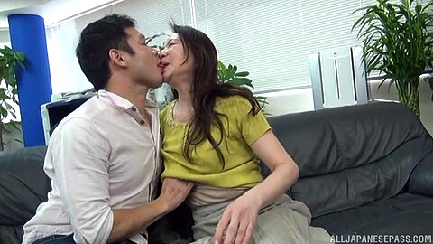 Yuri Nihongi