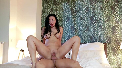 Eva Ann