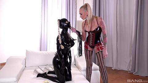 Lucy Latex