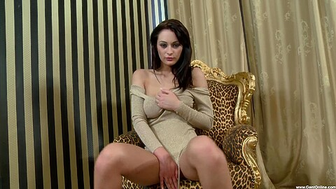 Dana Weyron