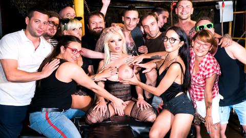 Juan Lucho Barbie Sins