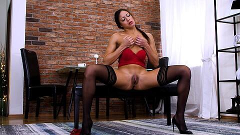 Cassie Del Isla Angelo Godshack
